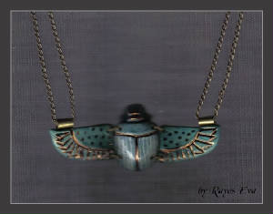 winged-scarab-necklace6.jpg